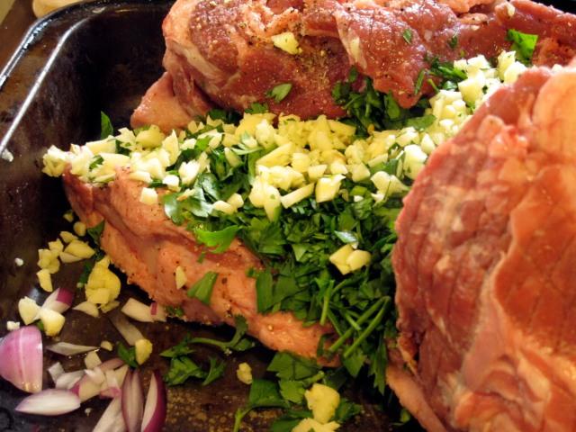raw lamb and parsley