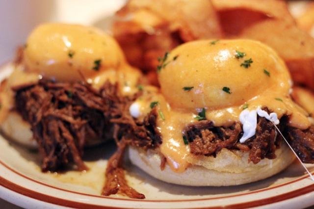 beehive boston eggs benedict