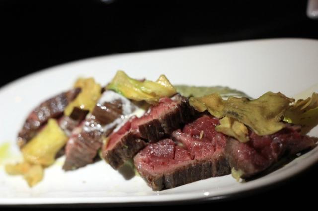 tresgatos2_steak